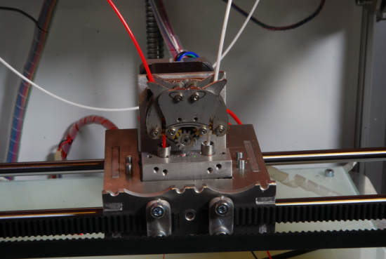 extruder, kickstarter, DIY, mod, 3D printer, filament,