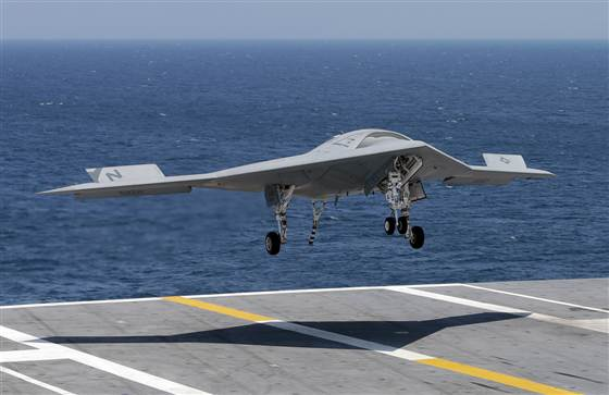 x47 drone with X 47b Drone  Pletes First Autonomous Carrier Landing on Index likewise X 47b furthermore Black Ops 2 Vehicles And Weapons Part 1 391968672 further Navy Conducts First Aerial Refueling Of X 47b Carrier Launched Drone moreover X 47 Pics.