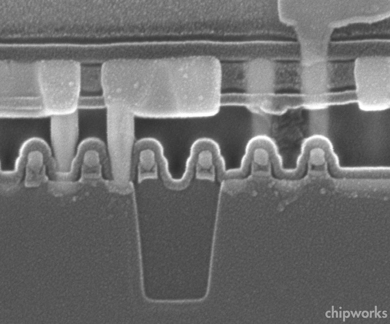 SEM Image Courtesy Chipworks