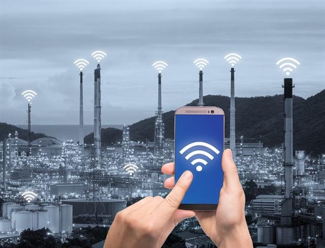 Wireless Communication on the Factory Floor > ENGINEERING.com