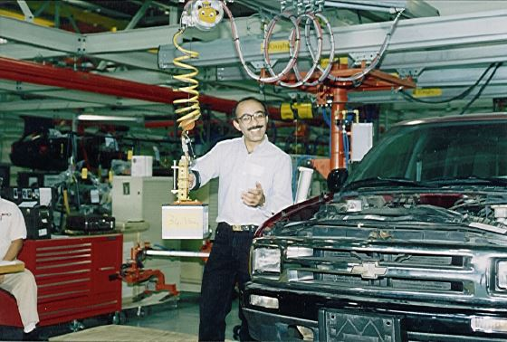 Manufacturing Lift Assist : A history of collaborative robots from intelligent lift